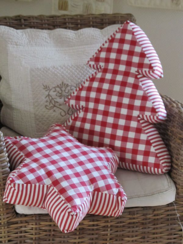Decorative Christmas Pillows 4