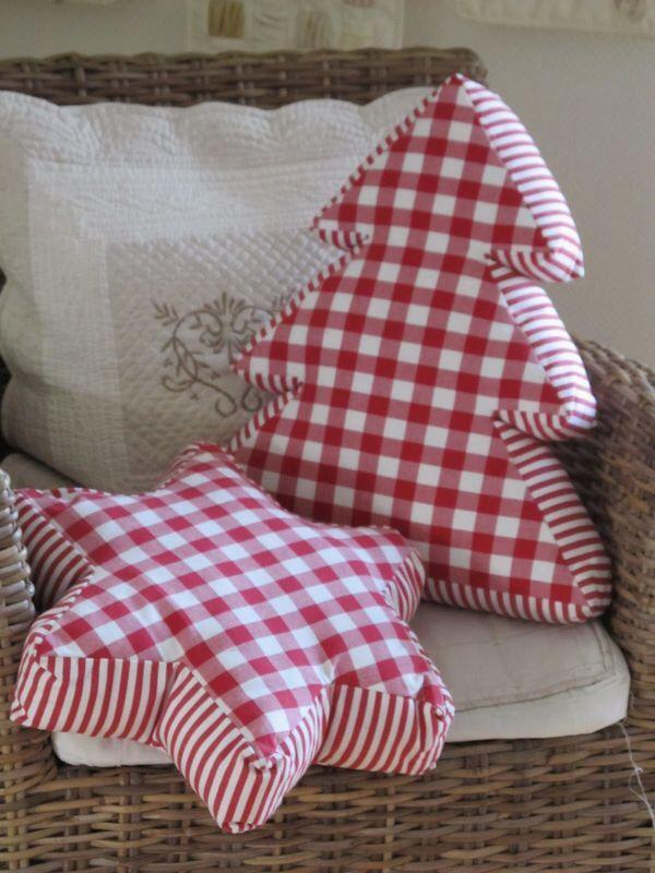 Decorative Christmas Pillows 4