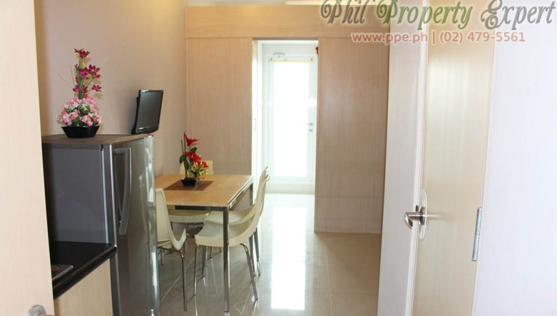 1BR Condo For Rent in Quezon City (Fully Furnished with Balcony Grass Residences)