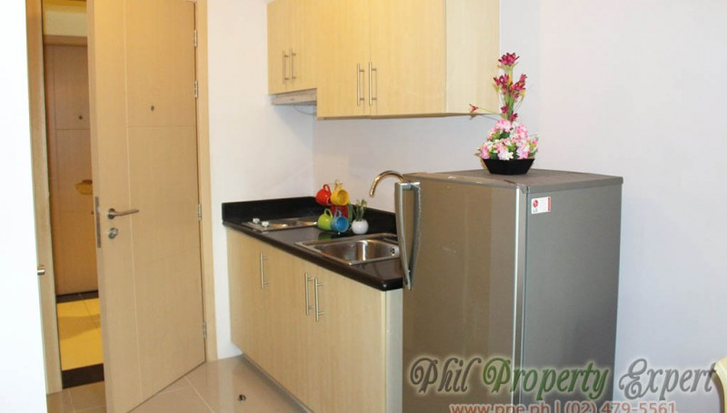 1BR condo with balcony for rent in quezon city Grass Residences