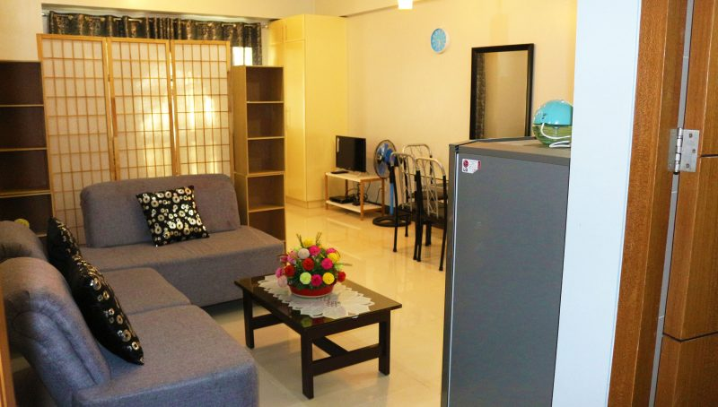Fully furnished studio type condo for rent in McKinley Hills, Bonifacio Global City at the Morgan Suites. Unit is 34 sqm in floor area and fully furnished.
